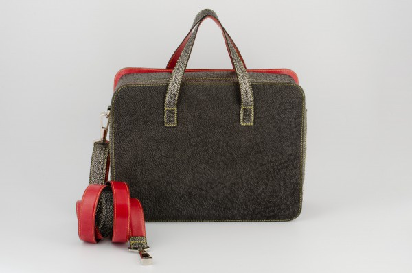Koffertasche M 03 Aussen-B verkauft.jpg