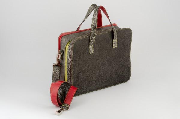 Koffertasche M 03 Aussen-A verkauft.jpg