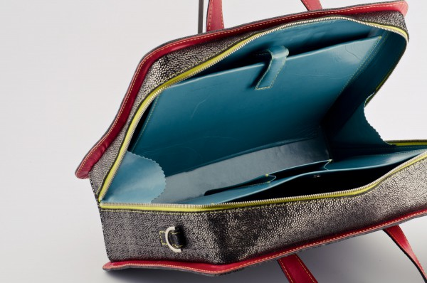 Koffertasche M 03 Innen verkauft.jpg