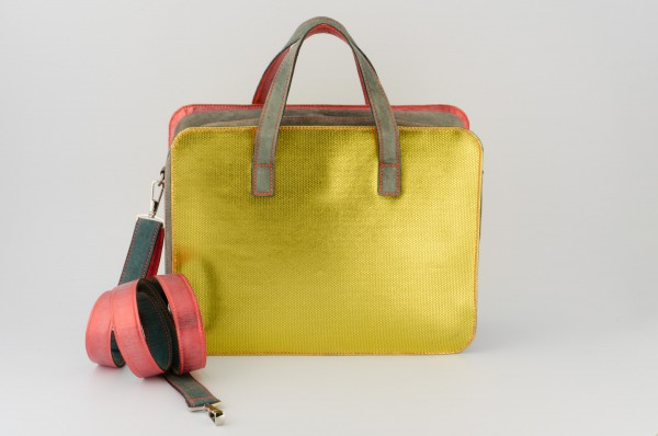 Koffertasche M 02 Aussen-B 1160 EUR.jpg