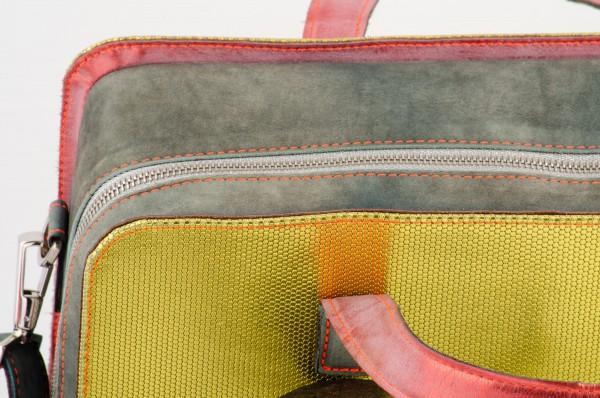 Koffertasche M 02 Detail 1190 EUR.jpg