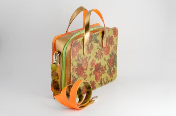 Koffertasche M 01 Aussen-A 1160 EUR.jpg