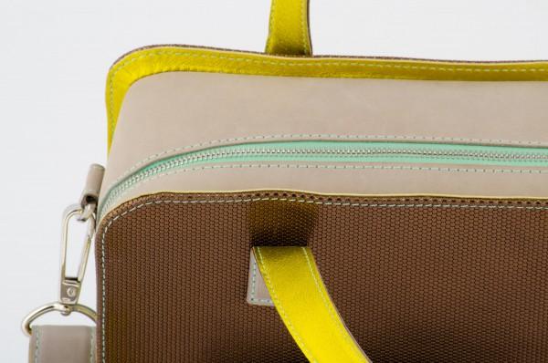 Koffertasche S 01 Detail 990 EUR.jpg