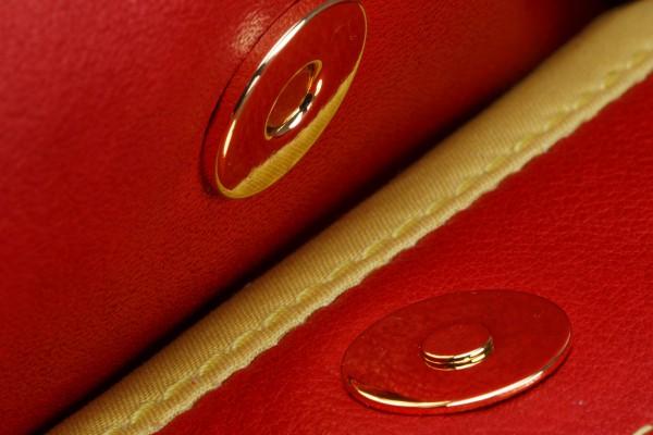 Sporttasche 02 L Außentasche 2 1190 €.jpg